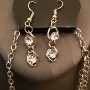paparazzi Jewelry - New Necklace w/Earrings The Diamond Look